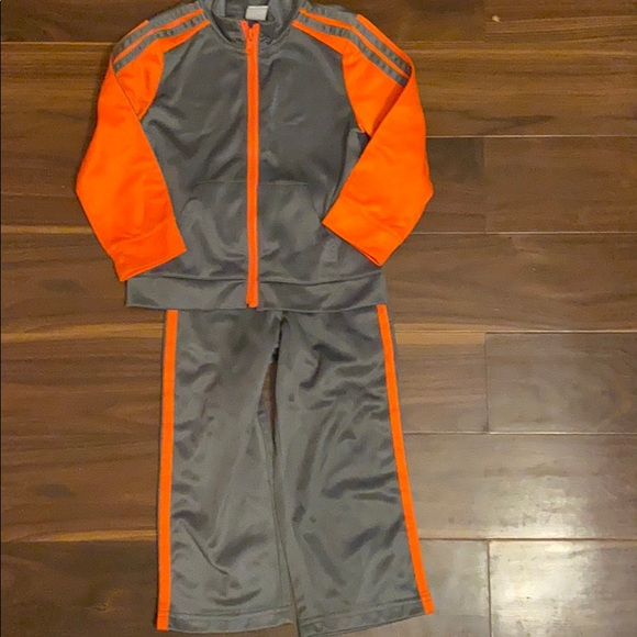 Toddler boys 3T Athletic jacket and pants